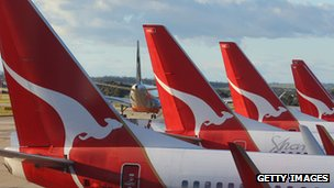 Qantas planes