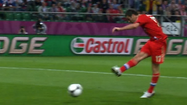 Alan Dzagoev fires Russia into the lead against Czech Republic