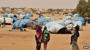 Refugees at UN refugee camp north of Niamey, Niger
