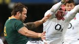 Tom Johnson tries to charge down Francois Hougaard