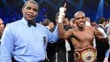 Timothy Bradley beats Manny Pacquiao