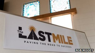 Last Mile logo