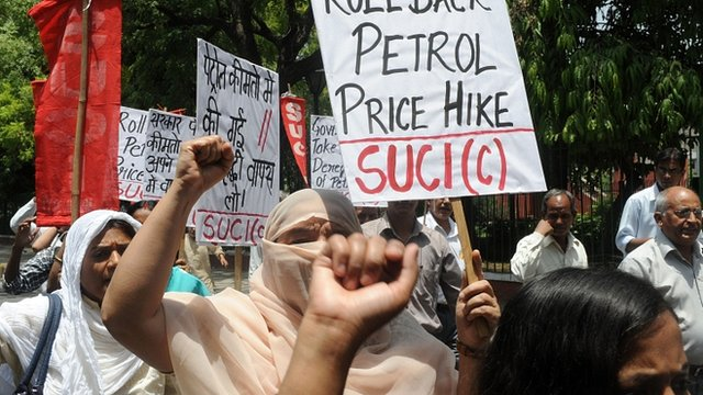 Demonstrators in Delhi protesting against petrol price rises in India