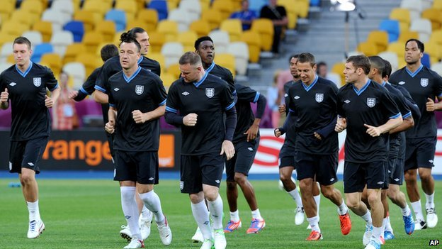 England team train ahead of Sweden game