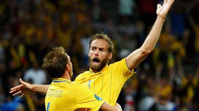 Olof Mellberg celebrates his second goal