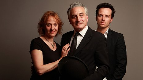 Niamh Cusack, Henry Goodman and Andrew Scott in Ulysses
