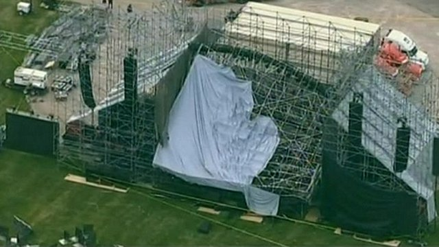 Collapsed Radiohead stage in Toronto
