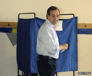 Antonis Samaras votes in Pylos, south-west of Athens, 17 June