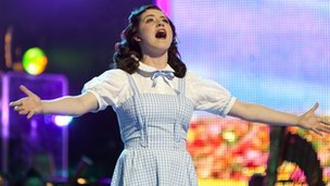 Danielle Hope as Dorothy at the Royal Variety Performance in 2010