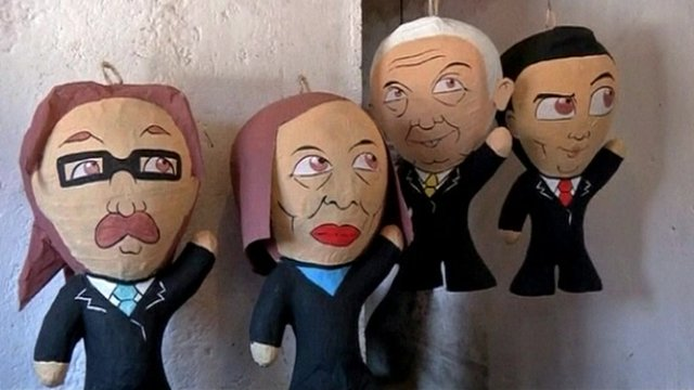 Pinatas of Mexican presidential candidates