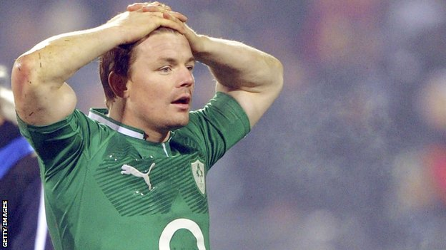 Ireland captain Brian O&#039;Driscoll looks dejected after the second Test defeat by New Zealand
