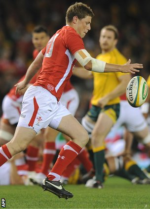 Rhys Priestland kicks for Wales against Australia