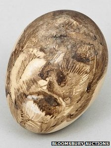 Lucien Freud egg shell self portrait