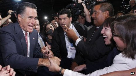 Mitt Romney meets leaders at the NALEO conference 21 June 2012