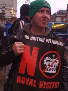Protester against Queen's Dublin visit