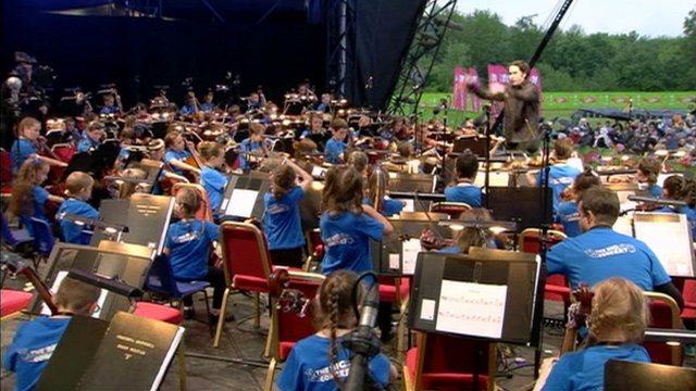Gustavo Dudamel conducts The Big Noise Orchestra