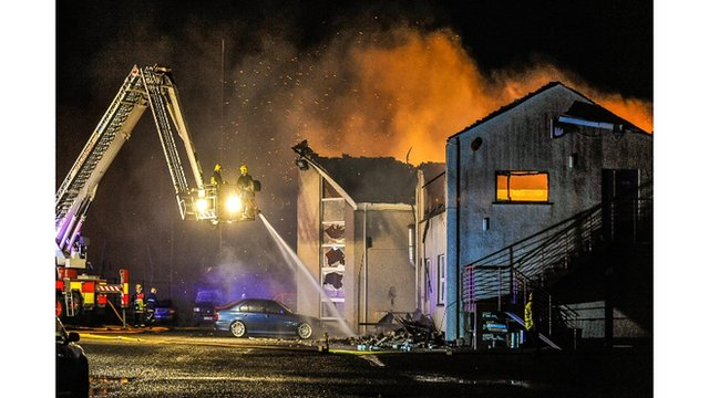 Fire destroys sailing club