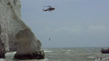 Rescue off Seaford&#039;s Splash Point