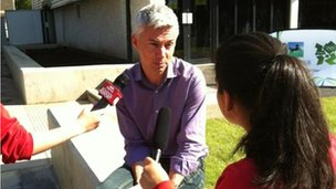 Jonathan Edwards with two School Reporters