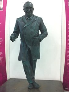 Statue of Professor Guttmann