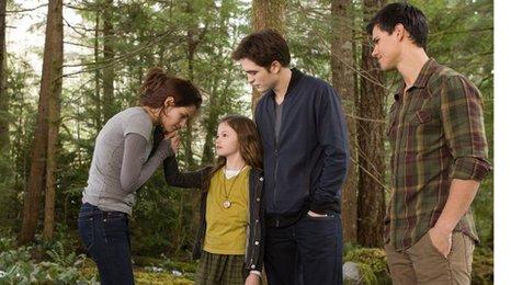 Bella, Edward, Jacob e Renesmee
