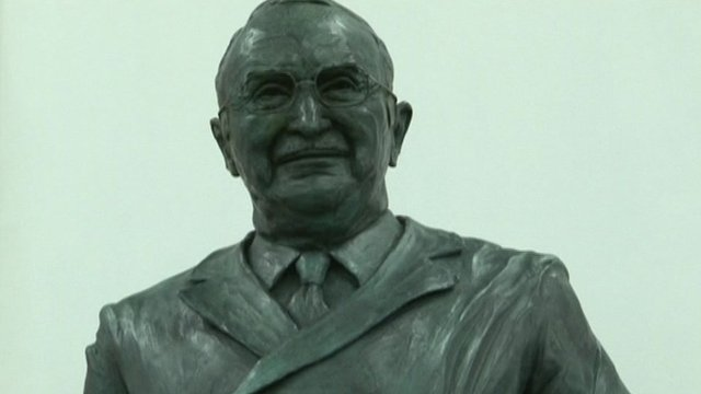 Sir Ludwig Guttman's statue