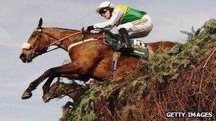 Ballabriggs leaps to victory in the 2011 Grand National