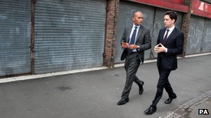 Chuka Umunna and Ed Miliband on London walkabout
