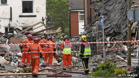 Emergency services search the rumble in Oldham