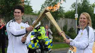 Louth torch kiss, pic courtesy of Will Curtis