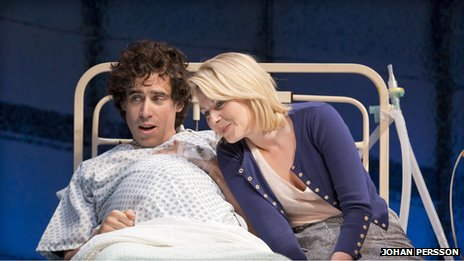 Stephen Mangan and Lisa Dillon (Photo: Johan Persson)