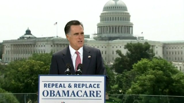 Mitt Romney speaking in front of US Capitol