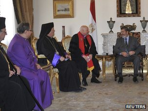 Mohammed Morsi meets Christian leaders in Cairo (27 June 2012)