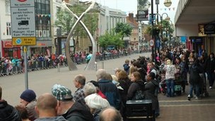 Crowds in Northampton