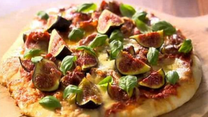 BBC Food: Prosciutto and fig pizza