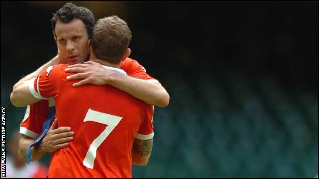 Ryan Giggs and Craig Bellamy