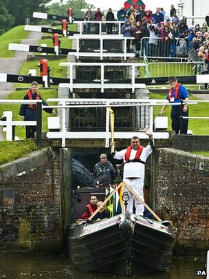 Torchbearer Robert Gomez at Foxton Locks