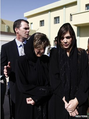 Lawyer Melinda Taylor (R) and translator Helene Assaf after their release (2 July)