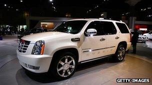 Cadillac Escalade SUV at a car show in Los Angeles (November 2007)