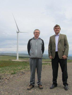 Siemens gearless turbine in Dalry, Ayrshire