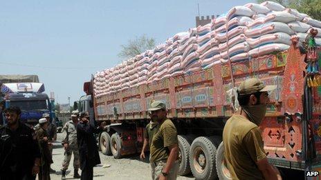 Pakistani security personnel keep vigil at Torkham, close to the Pakistan-Afghanistan border
