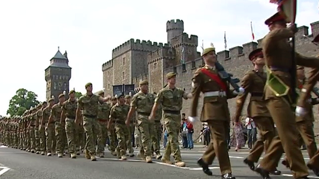2nd Battalion Royal Welsh march in Cardiff