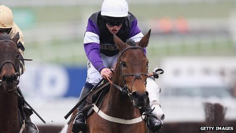 Brindisi Breeze, ridden by Campbell Gillies, on his way to victory in the Albert Bartlett Novices&#039; hurdle 