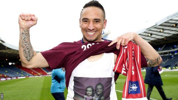 Suso celebrates Hearts' Scottish Cup win