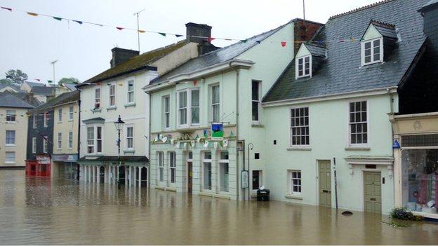 Flooding in Modbury, Devon (Courtesy: Stephanie Barker)