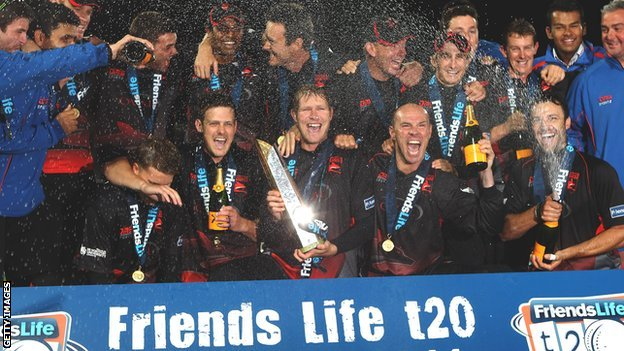 Leicestershire win the 2011 FL t20
