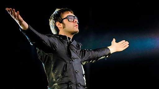 Tom Meighan from Kasabian