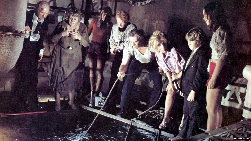 ... Stella Stevens, Eric Shea and Pamela Sue Martin in The Poseidon