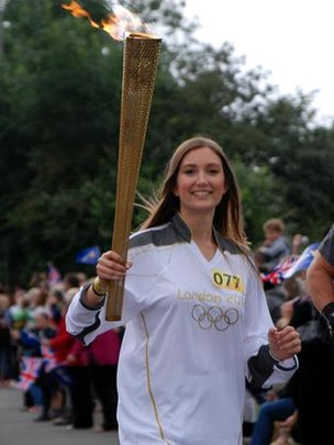Lisa Burridge posted this pic of torchbearer Jessica Gibb on the BBC London 2012 Facebook page