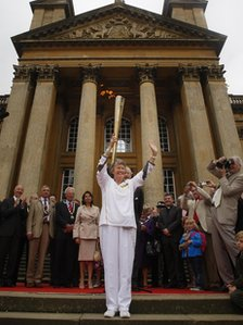 Torchbearer Pat Pearce MBE outside Blenheim Palace